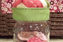 Baby food jar craft ideas / by Ashley Reisz