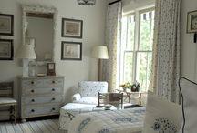 Bed Rooms / by Jessie Leonard