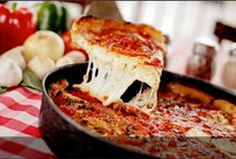 Chicago Pizza / by Downtown Chicago Real Estate