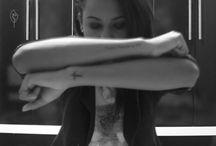 Arte no corpo / tatoo's / by Suellen Silva