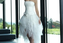 wedding dresses / by Xochitl Rivera