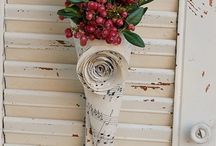 Garlont & Other Front Porch Décor. / Dress up any door with a wreath and other décor! / by Jina Greer