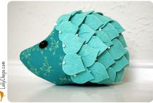 Things To Make - Pincushions / by The Littlest Thistle