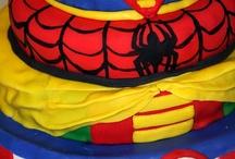 Festa Super-heroes - Superheros Party / by Paula Bierrenbach
