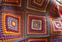 Granny square/ cuadrados en crochet. Ideas y mas! / Para que tejas hermosas mantas y te des idea de como hacerlas y combinar colores. Puedes tejerlos con cualquier hilado. Yo te recomiendo Cisne rendidora y la linea de cisne para bebes: Super bebe, Bebe soft y Bebe confort! / by Purple Sheep Store