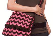 Bolsas crochet / by Susana Magnolia Huerta Muñoz