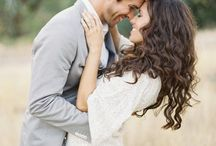 What to Wear: Engagement Sessions / by Caroline Beffa