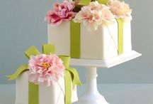 Cake: Gift Box Cakes Striped Cakes / by Samantha Speer {Sweet Jeanie's Cakes}