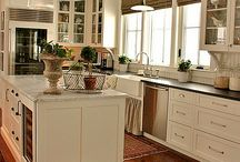 Visions of Home- Kitchen / by Andrea Dunmire