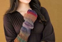 how to keep warm / Its coming into winter.  Inspiration for hats coats scarves and gloves / by Wen