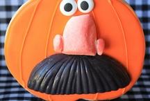 Halloween Cookies / by Mara Hornby
