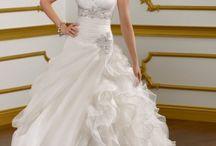One day 4 my wedding <3 / by Brittnee Reynolds