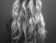 HAIR / by Kimberly Stark