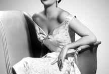 Style Crush: Elizabeth Taylor / by Tara Byakko