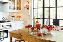 Kitchens / by Nancy Wilson