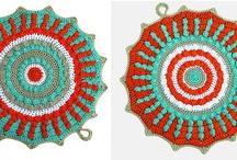 Crochet motifs / by Lesley