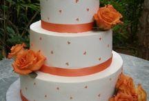 Cakes / by Jennifer Holm