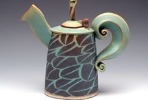 tea and tea cups / by Claudia Rohling