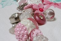 JEWELRY HOMEMADE / DIY Bauble projects! / by Diane Marecki Casteel