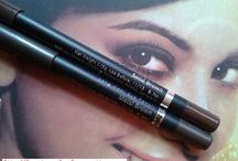 Eye Makeup / by Poonam Jain