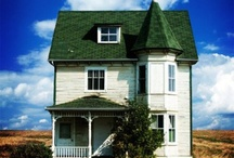 houses I will gladly move into / by Beth B