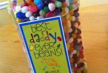 gift ideas / by Tiffany Sherwood