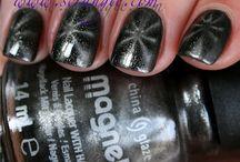 Nails / by Lina-Elvira Back
