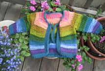 Crafts - Knitting / by Dawn Asher
