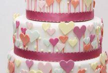 Amazing Cakes / by Karin Araujo Arruda