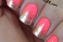 nails / by Teresa Sorrentino