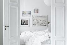 Bedrooms / by Lindsay Guenter