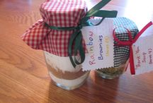 Homemade Gifts / by Allison Scanlan