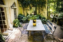 Courtyards / by < Hannah >