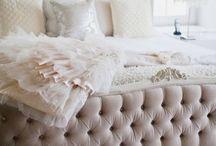 Bedroom / by Alessandra Dall'Antonia