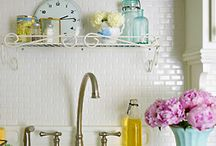 kitchy / Oh how I love a pretty kitchen, and pretty kitchen things.  Dishes and such.  You know. / by Kat Wachter