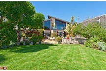 Expensive Celebrity Homes For Sale / by Propsavvy