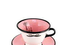 Il Have A Cuppa / Tea Cups / by Lucee Arvanitis-Santini