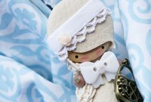 Doll Brooches / by Artea