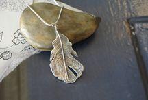 Pretty pendants / by Netty Dyck