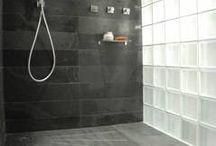Salle de bain  / by Noémie Buvat