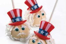 Cake Pop Cuties / I adore looking at cake pops; doubt I will ever gather up the courage to try them for myself. / by Kay Demonbren