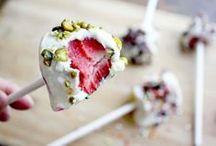 Healthy Sweets / by Nicole Brandonisio