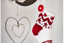 knitting socks ... / by Maud Rolland