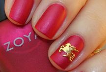 Nails: Zoya Matte Velvets / by Suzanne Denero