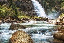 Waterfalls / by Yf Lau