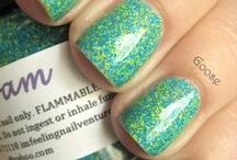 makeup nails hair / by carley lau