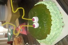 Birthday cakes I've made / by Tan Packham