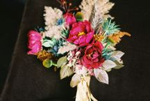 pretty florals / by Giddy Up & Grow