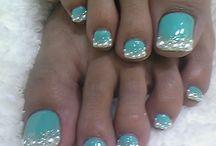 Nails / by Farah Khan