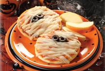 Halloween Party Ideas / by Renee Graziano
